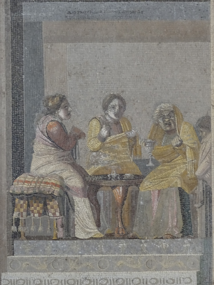 Actors playing women, Naples Archaeological Museum